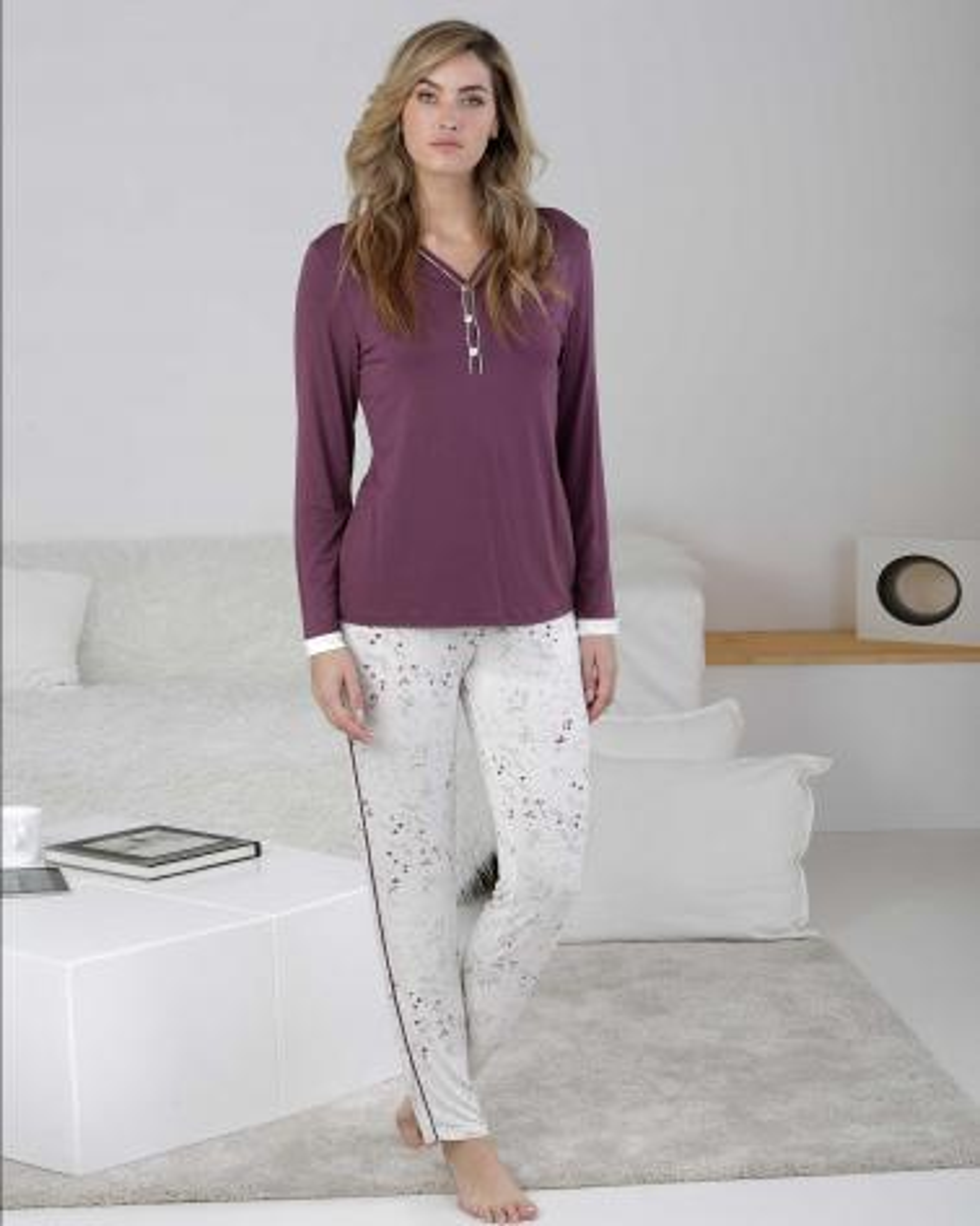 Pijama Señora Púrpura Massana TALLAS: m, l, xl; COLOR: morado oscuro  - Lencería noche  - PEPI GUERRA