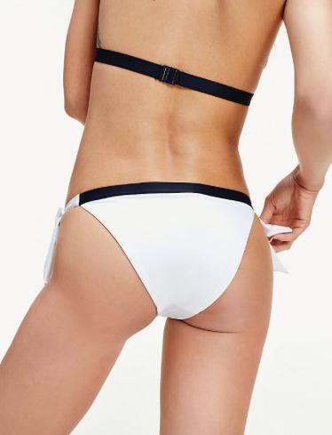 Braga bikini Tommy Hilfiger TALLAS: xs, s, m; COLOR: blanco, marino  - BAÑO  - PEPI GUERRA