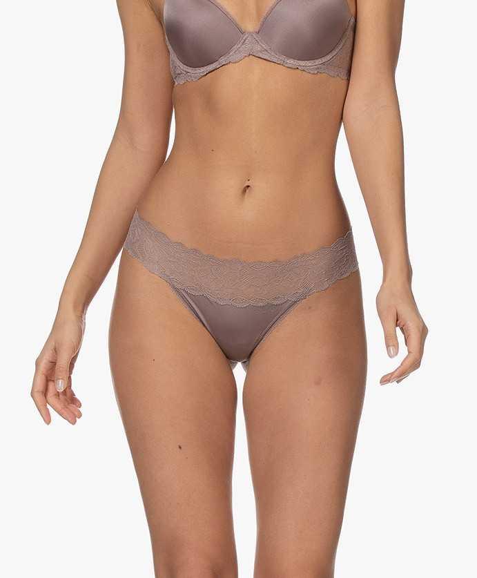 Lace thong string seductive confort Calvin Klein qf1199e