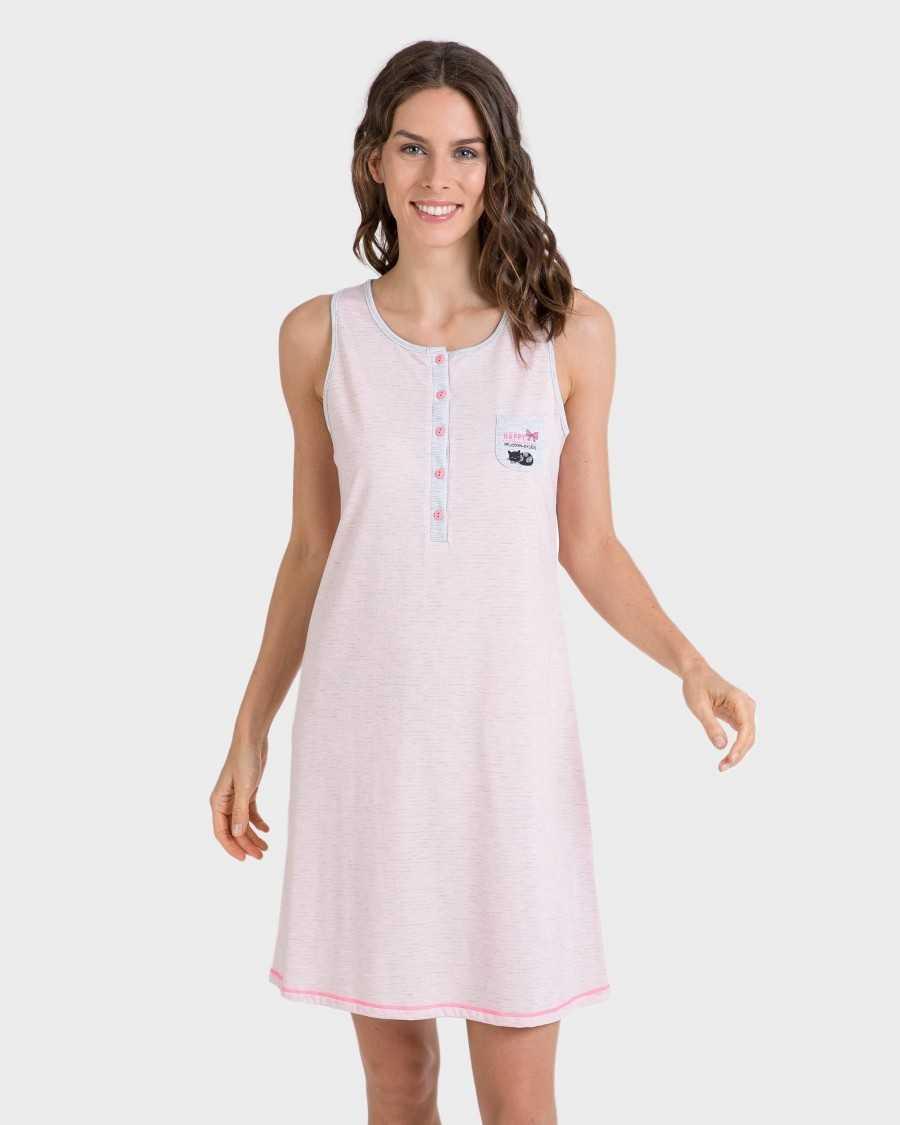 Nightgown girl Massana